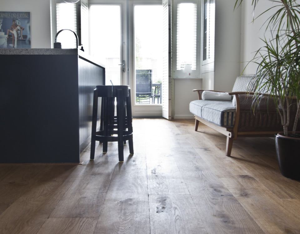 Voorbeeld van Robuust, rustiek multiplank houten vloer - Vloerenbedrijf Bezema